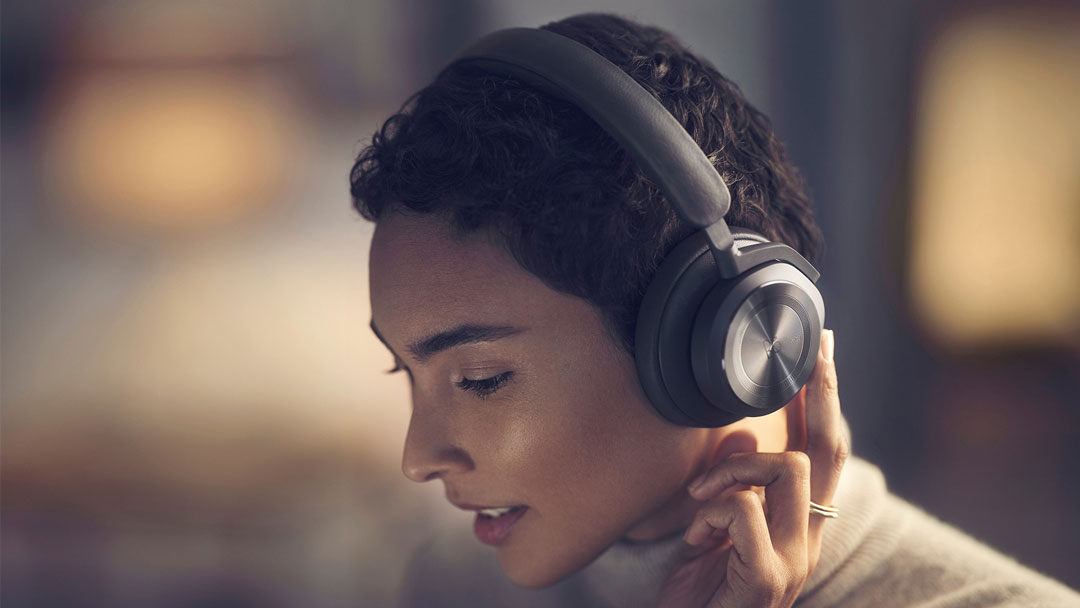 New Beoplay HX banner